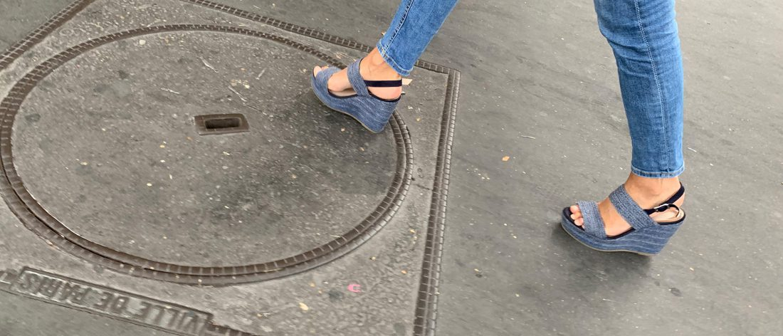 Tight jeans and platform sandals